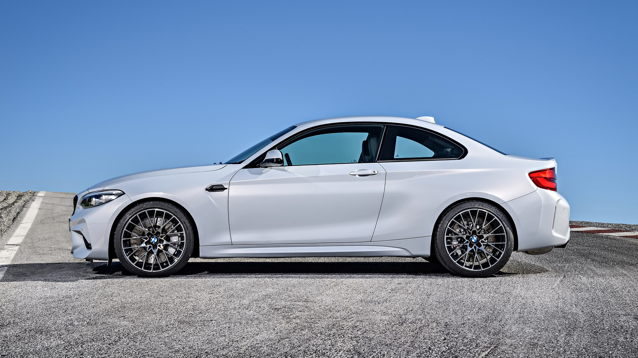 Bmw M2 Competition Evolves Compact Super Saloon Gets M