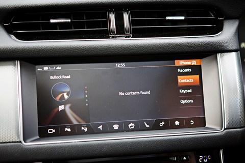 Jaguar XF Sportbrake infotainment