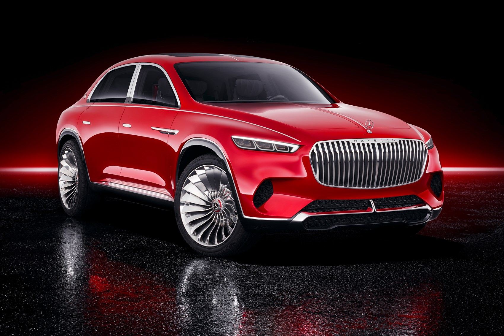Vision Mercedes-Maybach Ultimate Luxury: EV Blends Saloon