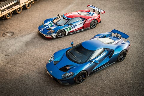Ford GT road v race overhead