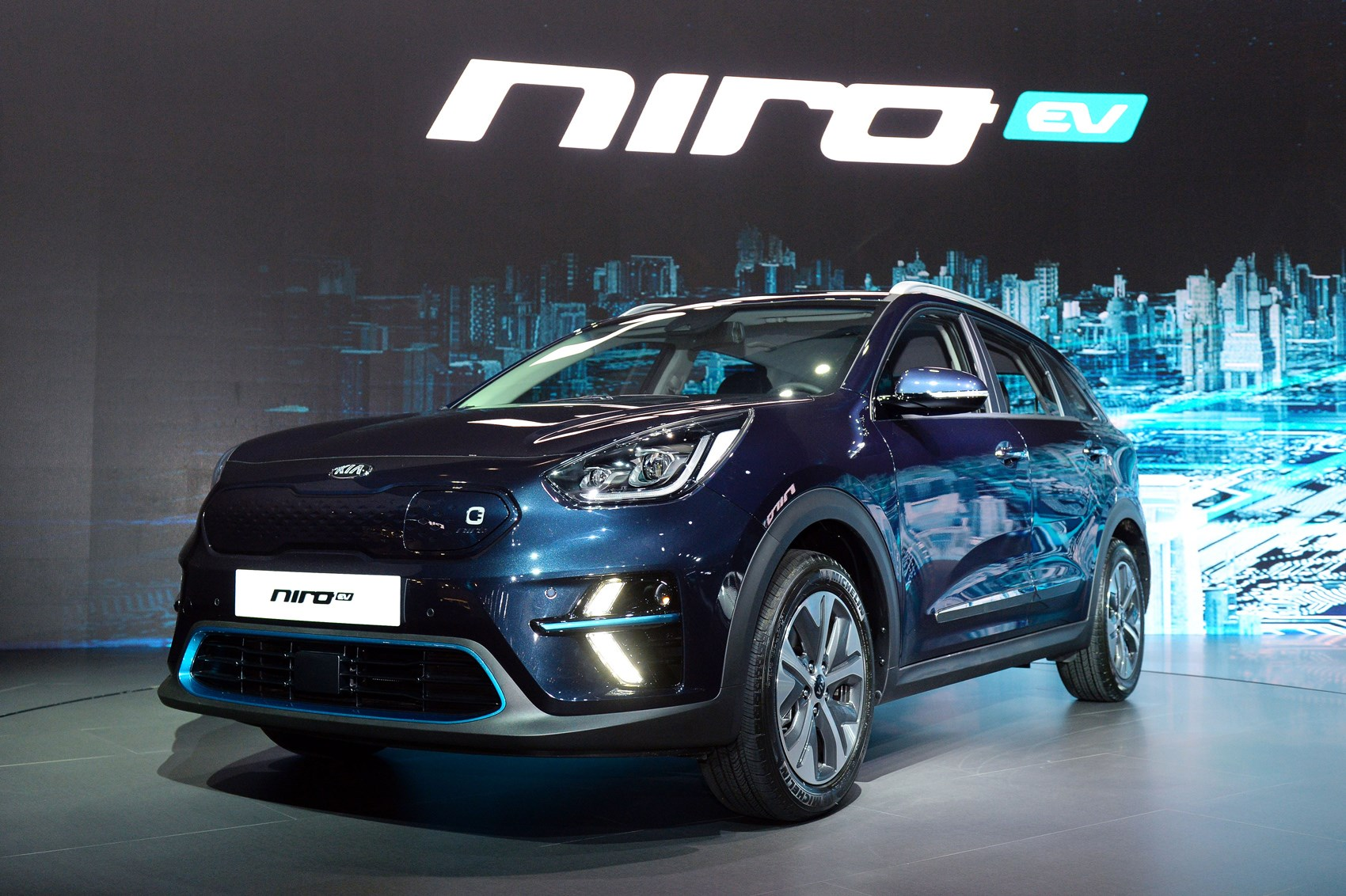 new kia niro ev specs for all electric crossover revealed car magazine. Black Bedroom Furniture Sets. Home Design Ideas