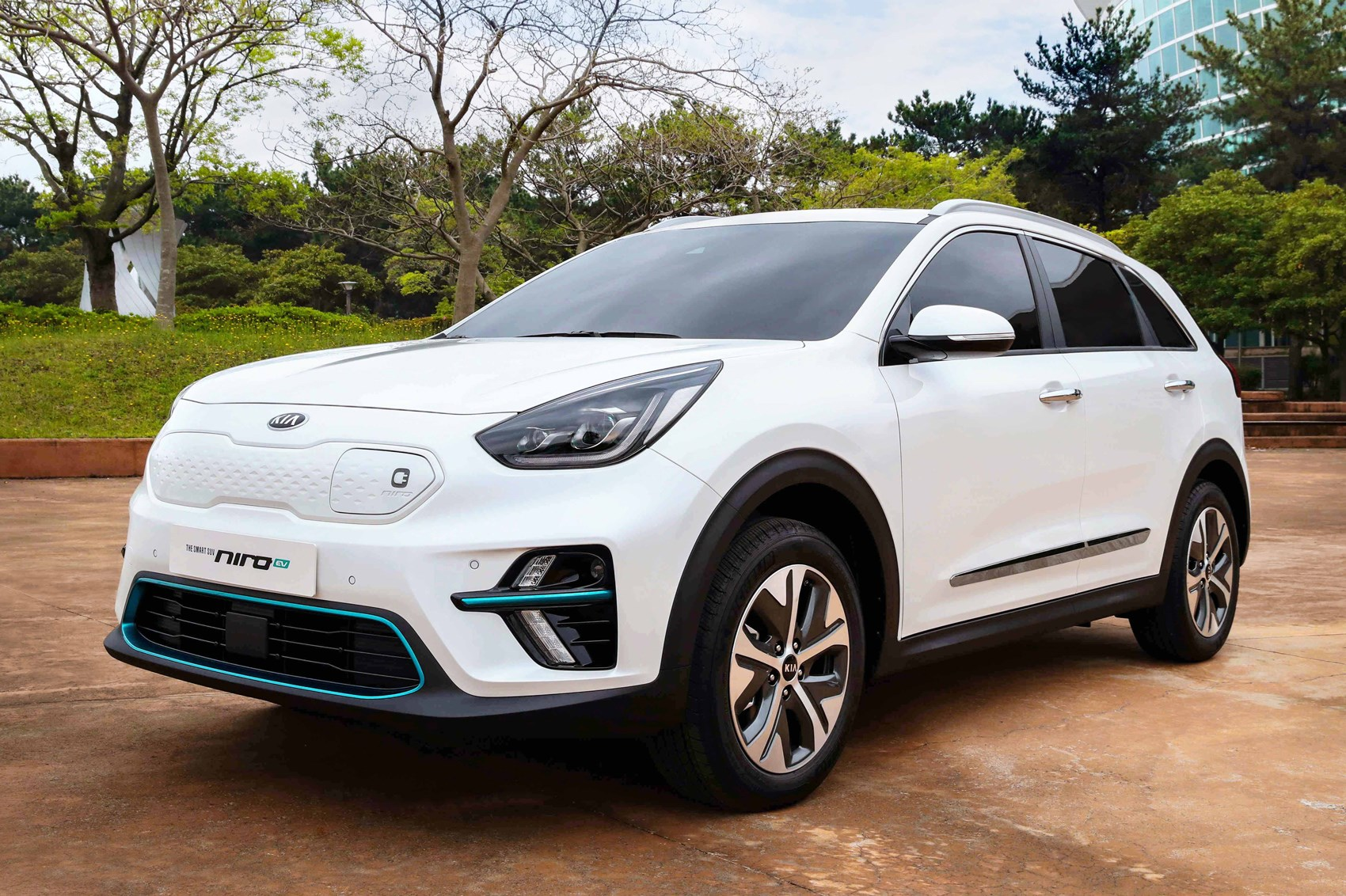 Is Hummer Coming Back In 2018? >> New Kia Niro EV: specs for all-electric crossover revealed ...