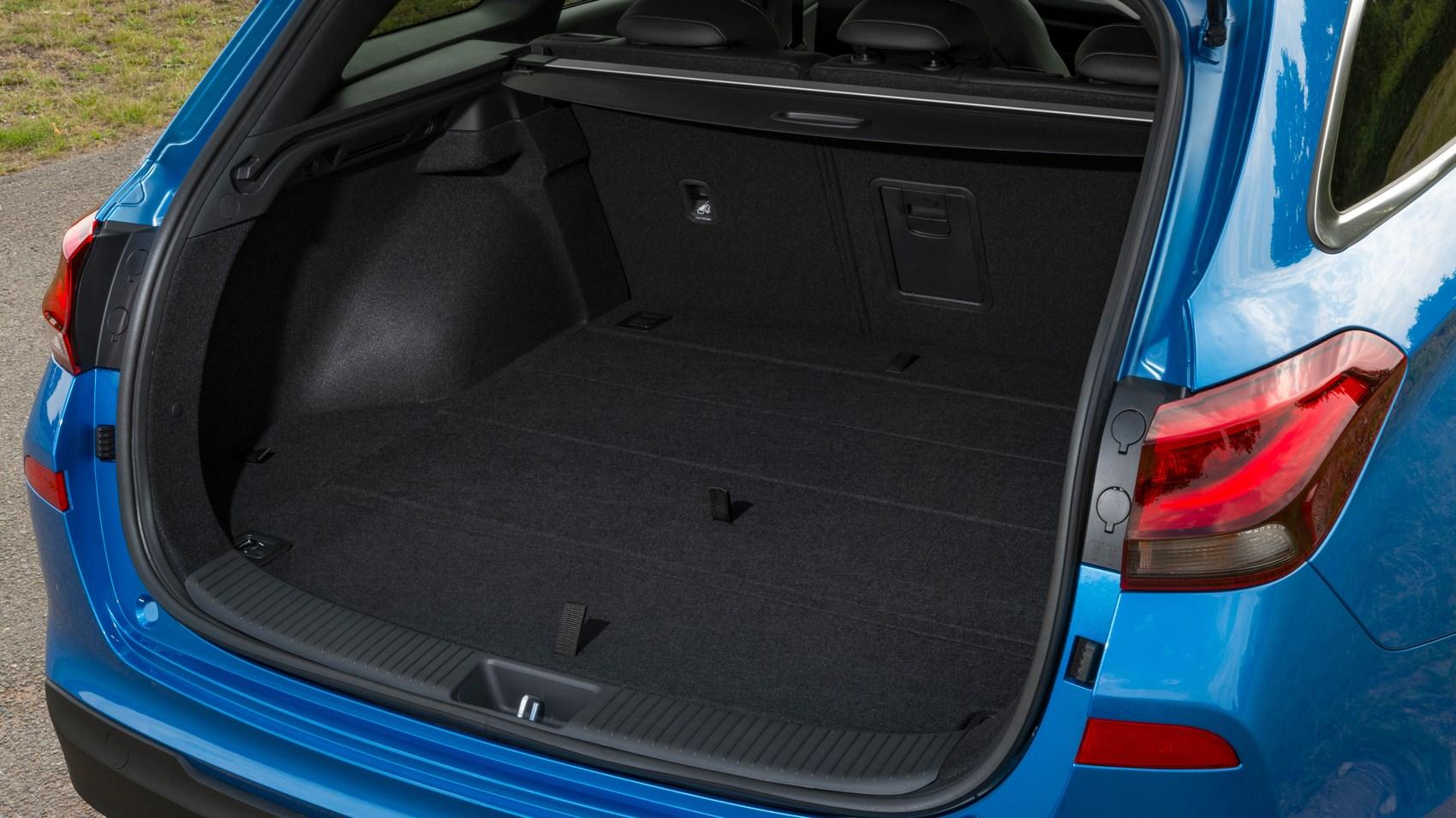 Hyundai i30 Tourer estate boot space