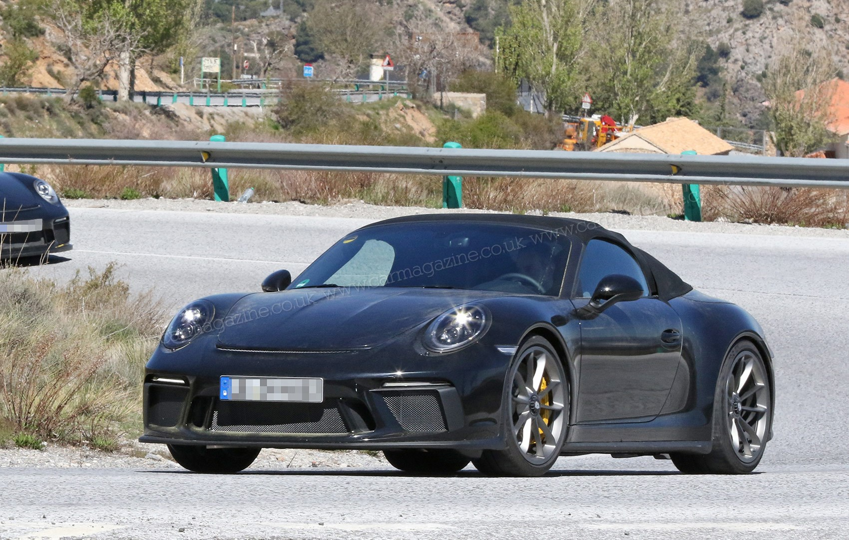 porsche 911 speedster spy photos specs prices car magazine. Black Bedroom Furniture Sets. Home Design Ideas