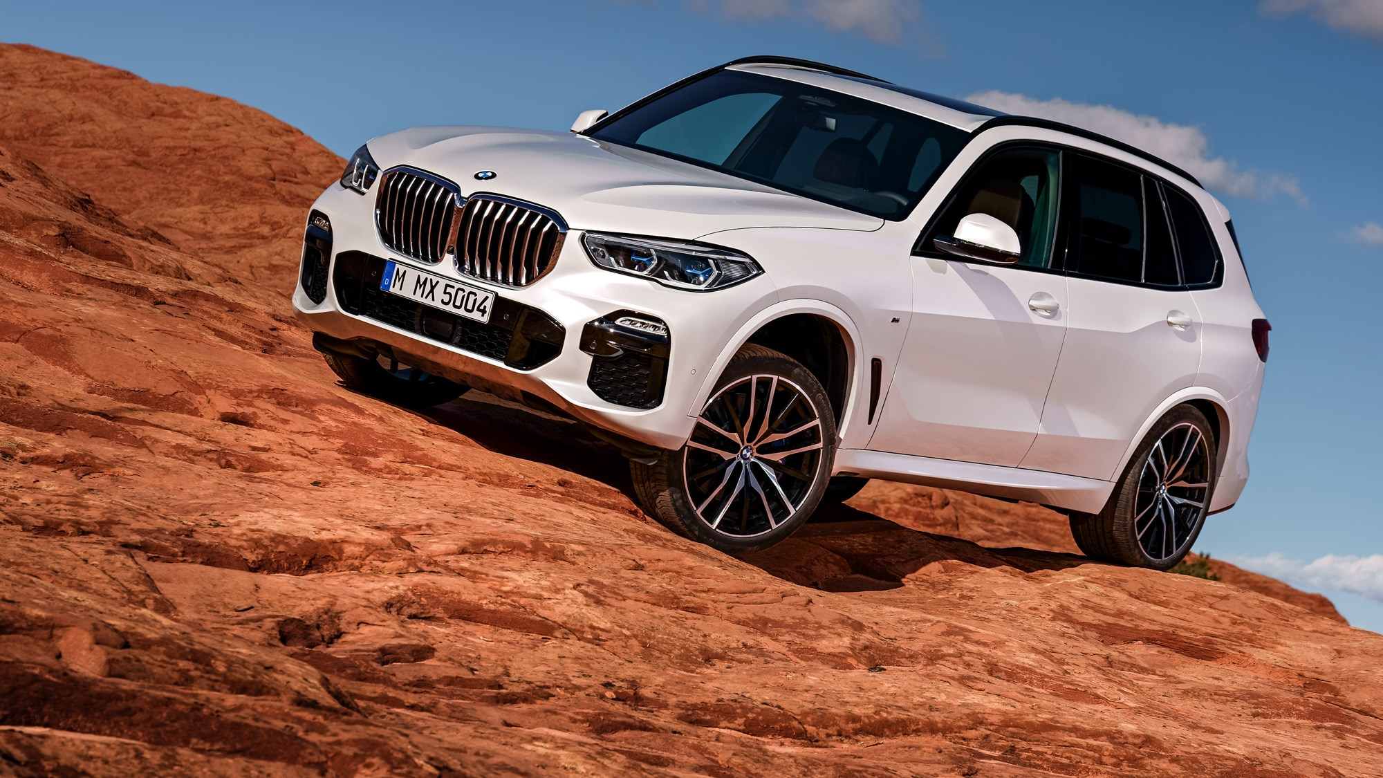 new bmw x5 fourth gen premium suv is here car magazine. Black Bedroom Furniture Sets. Home Design Ideas