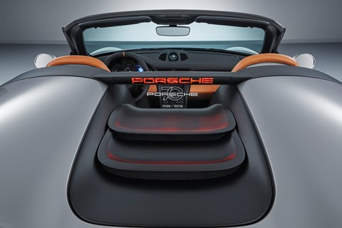 Plexiglass wind deflector stops the Porsche 911 Speedster interior getting too wind blown