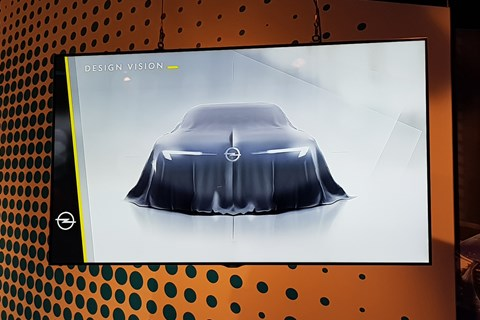 Opel Concept 2018 screen