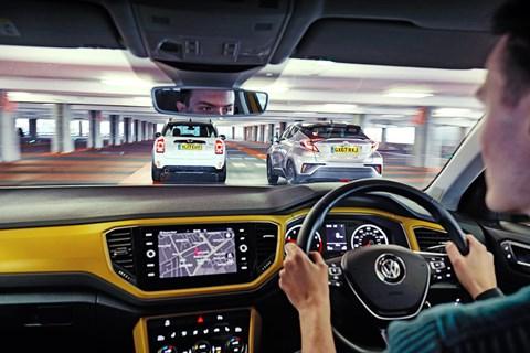 VW T-Roc driving