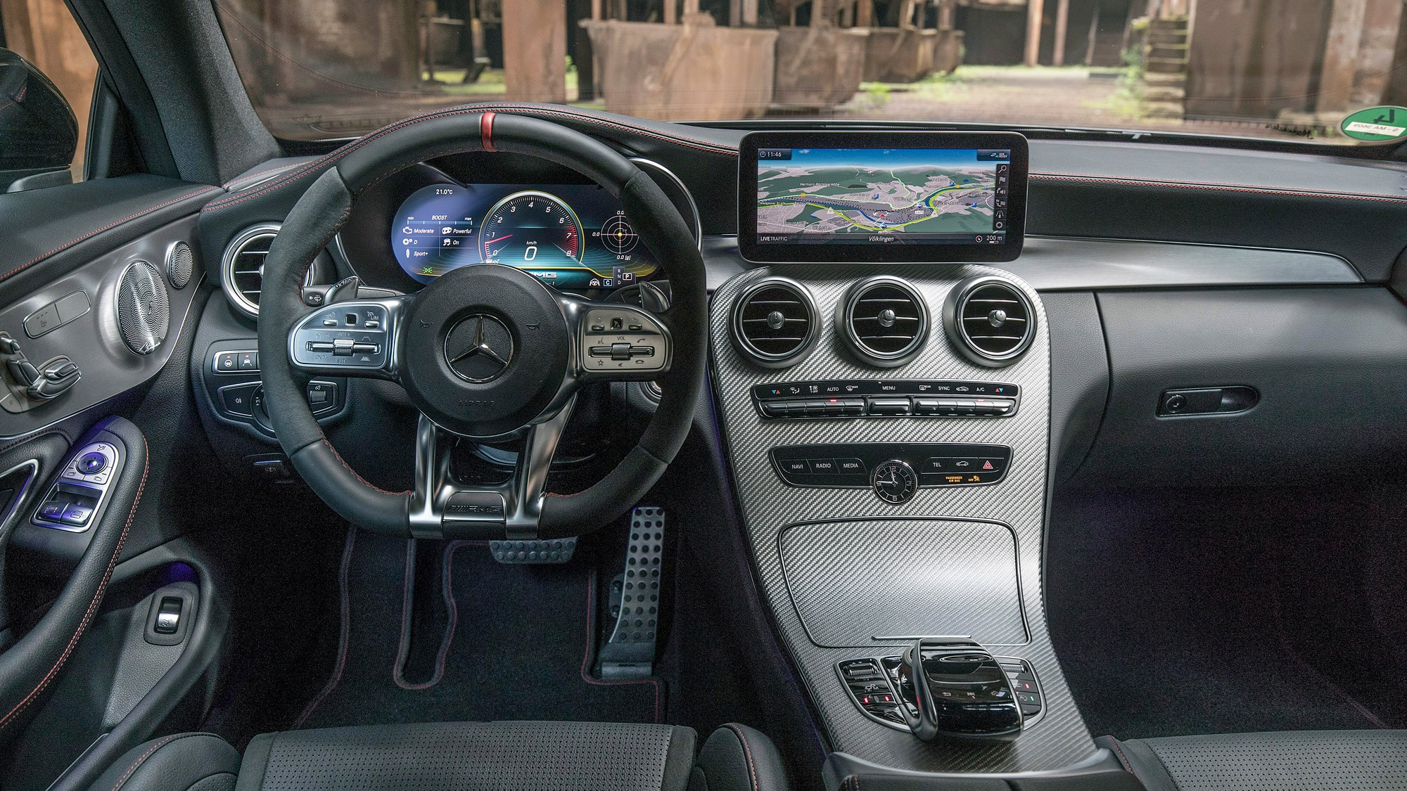 New facelifted 2018 Mercedes-AMG C43 interior