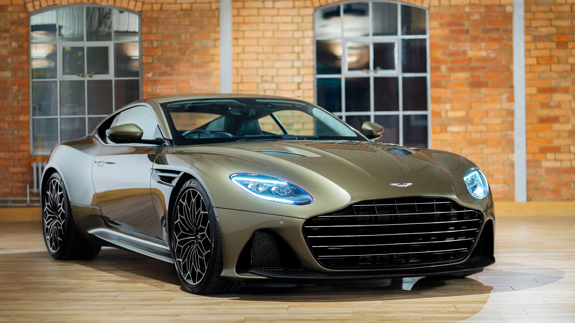 Image result for DBS Superleggera Aston Martin Bond