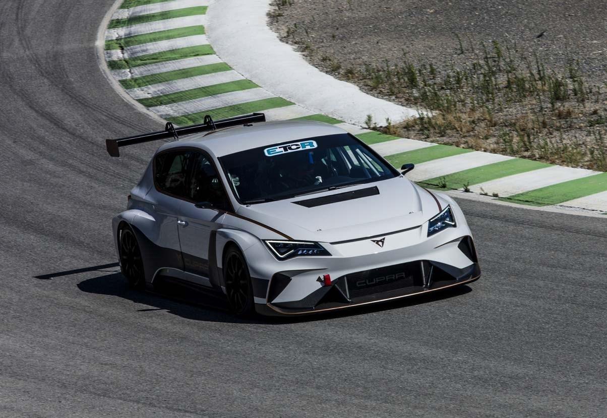 Seat Cupra E Racer Ev Takes To The Track