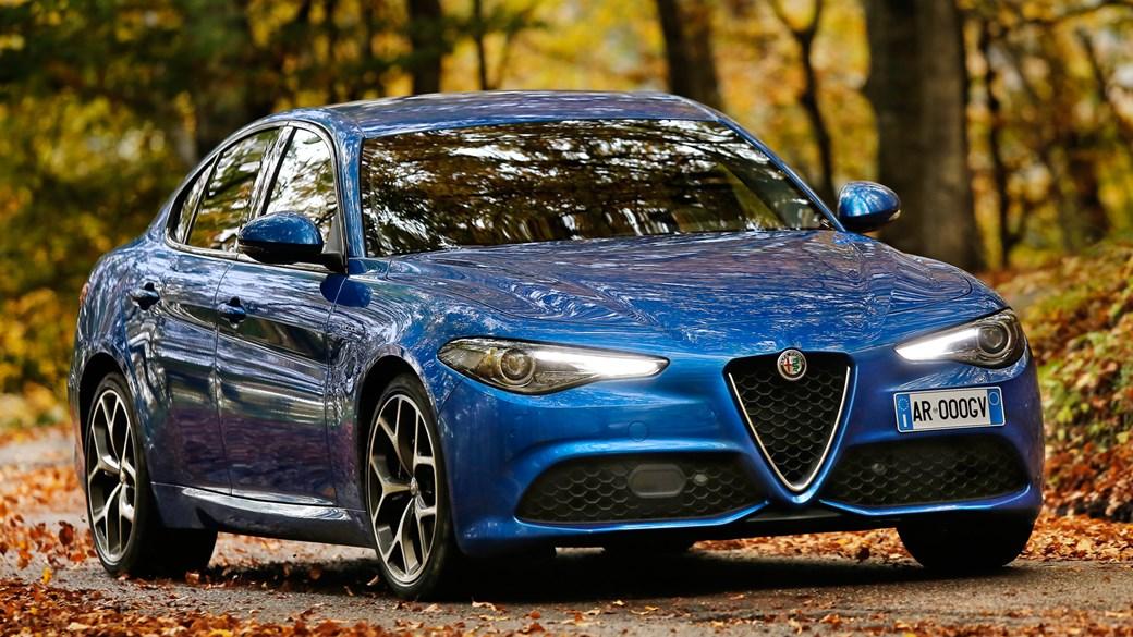 alfa romeo giulia veloce (2018) review: italian, affordable, ace