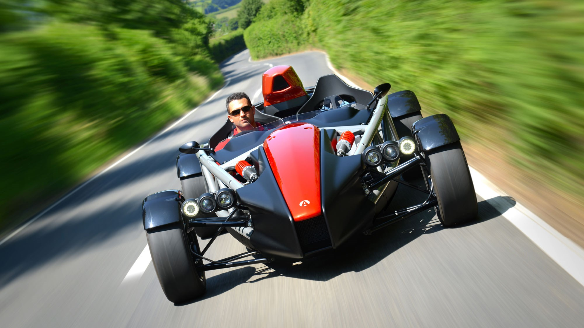 New Ariel Atom 4 track auto  revealed with 320bhp