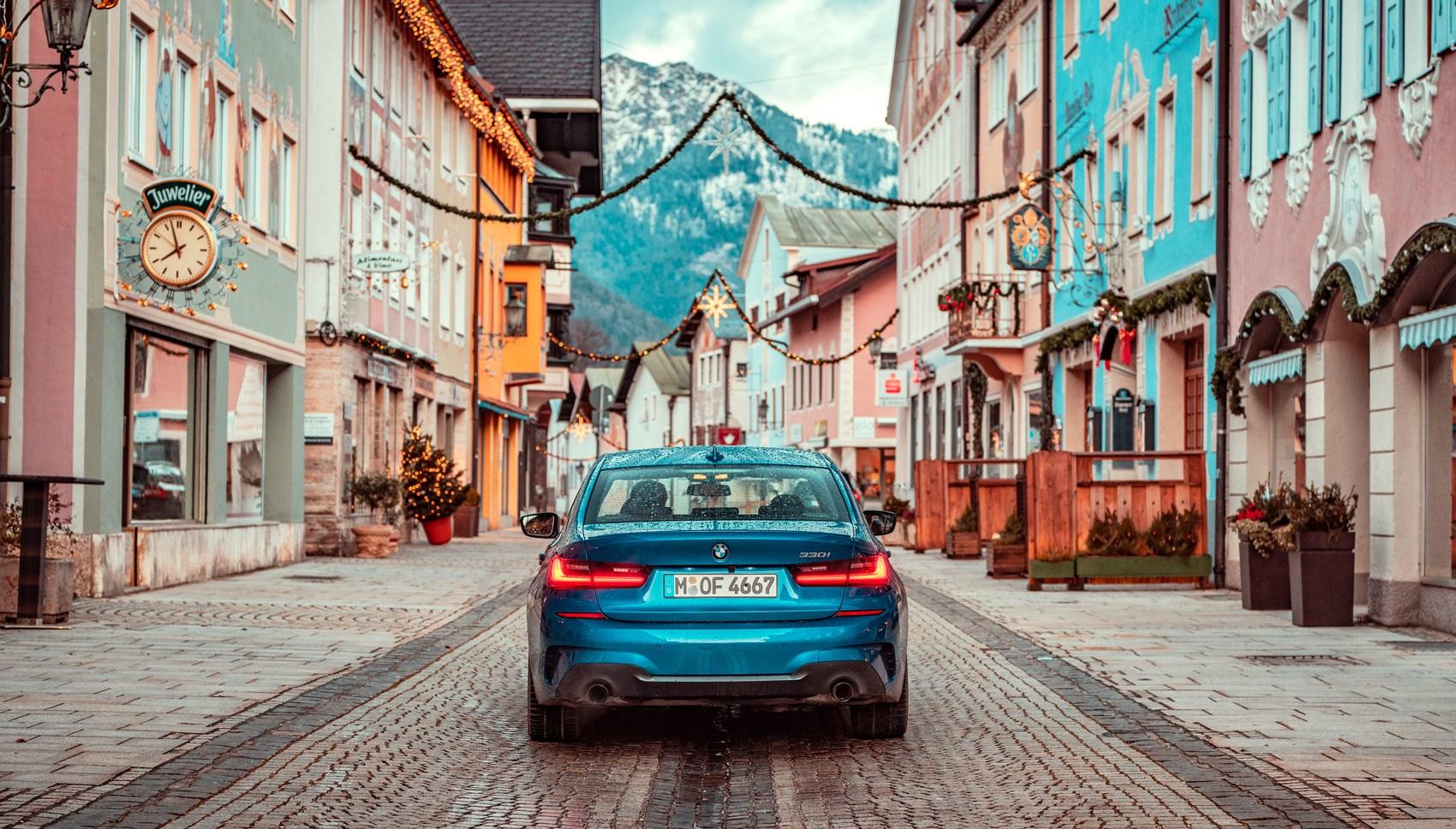 BMW 330i rear
