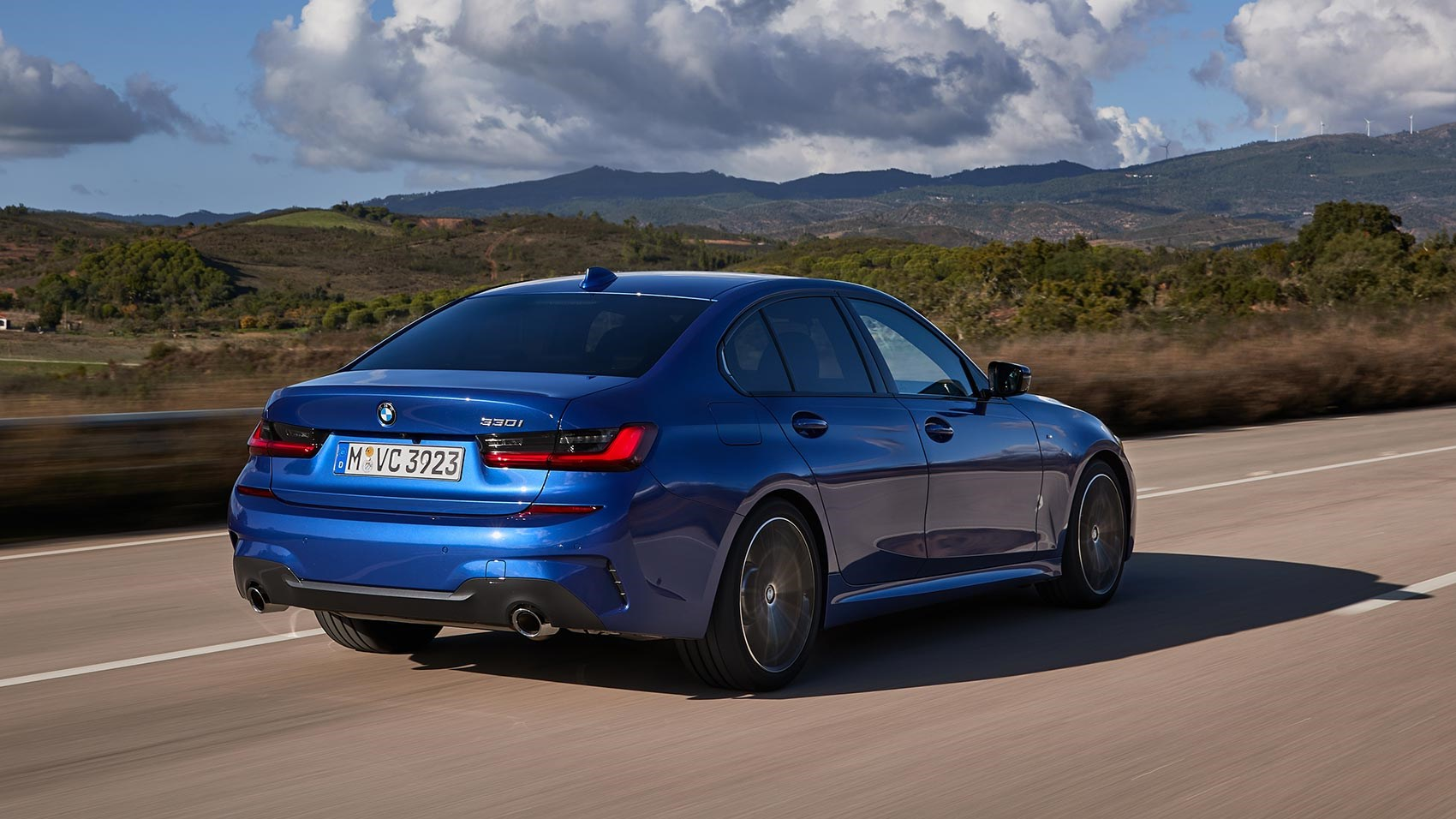 BMW 330i review