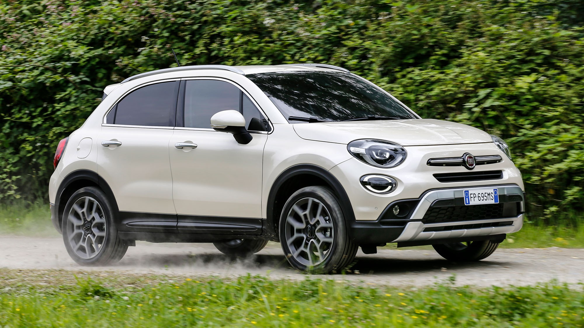 new fiat 500x review the crossover gets a facelift car magazine. Black Bedroom Furniture Sets. Home Design Ideas
