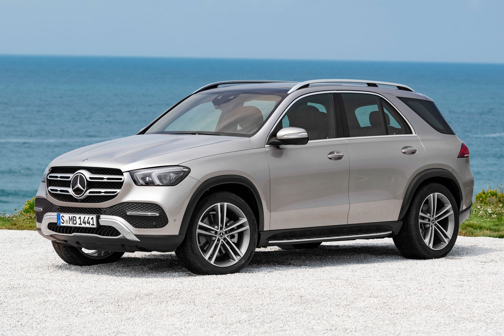 new mercedes gle brings eq boost to the 4x4 car magazine. Black Bedroom Furniture Sets. Home Design Ideas