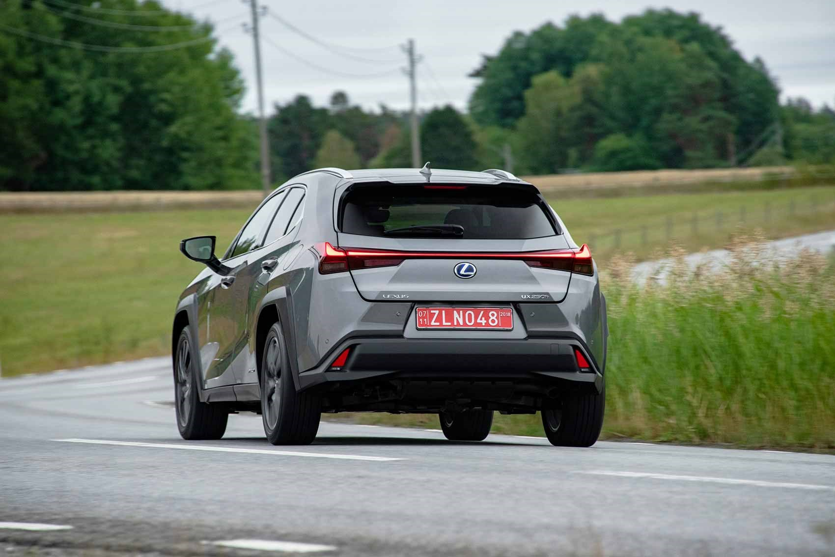 Lexus Ux 250h Luxury 2019 Review Car Magazine