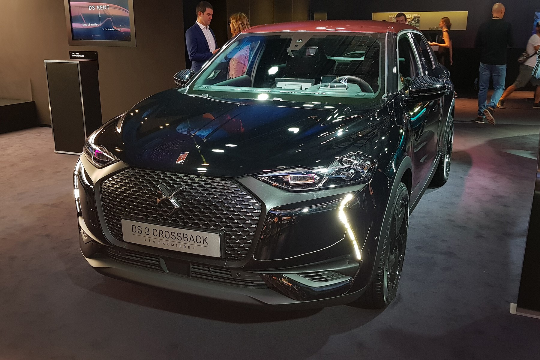 ds 3 crossback uk price specs revealed and ev details too car magazine. Black Bedroom Furniture Sets. Home Design Ideas