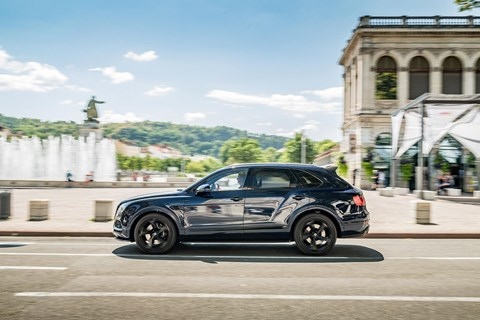 Bentley Bentayga to France