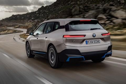 BMW ix rear tracking
