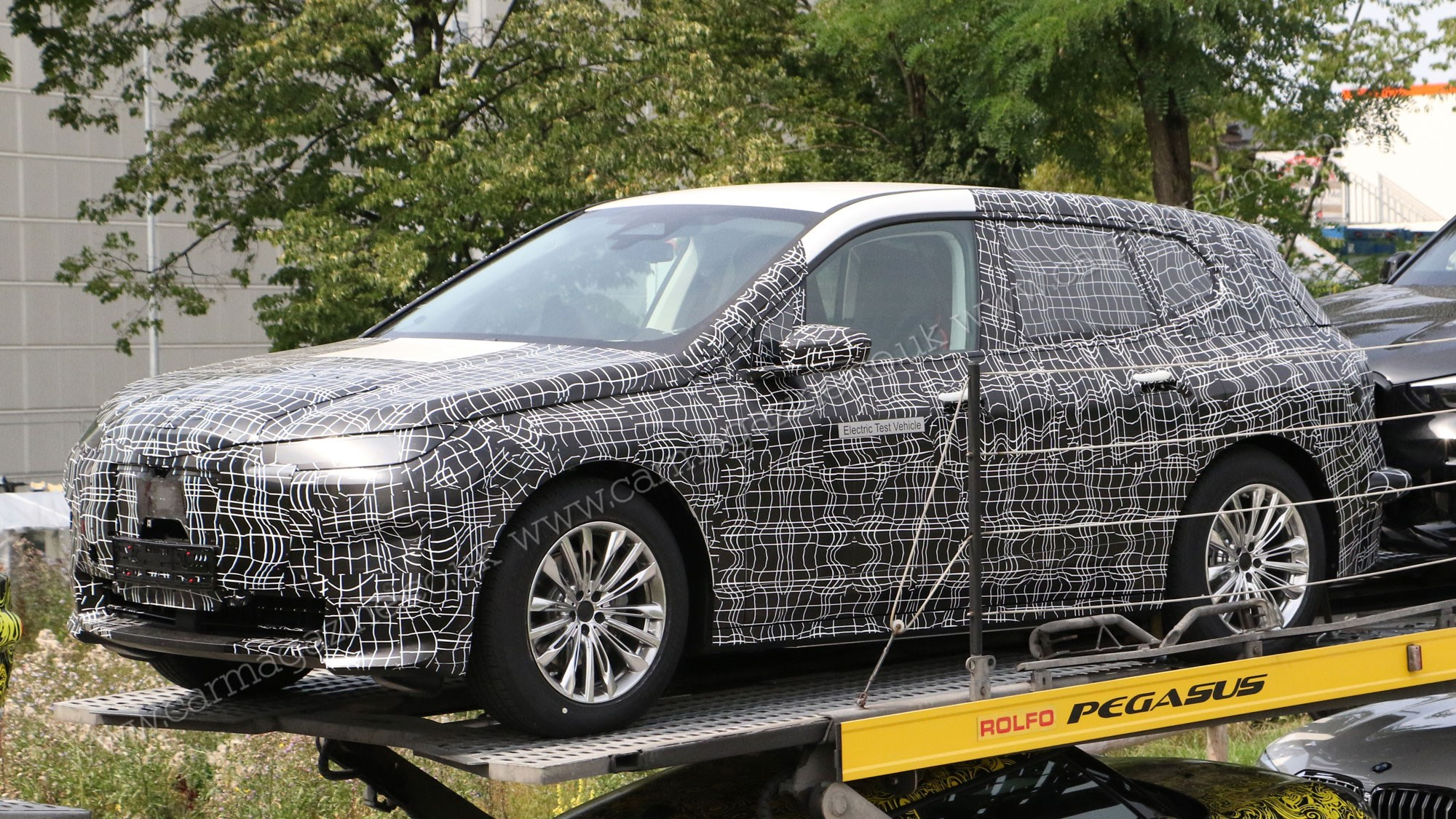 2021 BMW X5 Will Introduce Electric Version >> Bmw Ix5 Electric Suv Production Inext Spotted Car Magazine