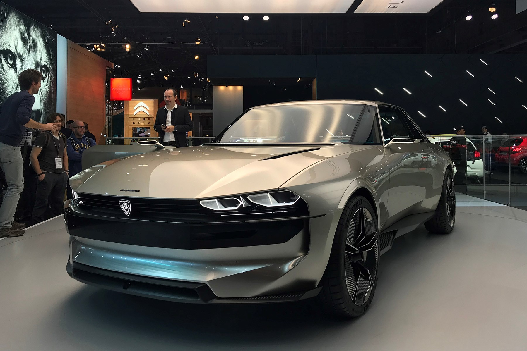 Peugeot E Legend Concept Debuts In Paris Car Magazine