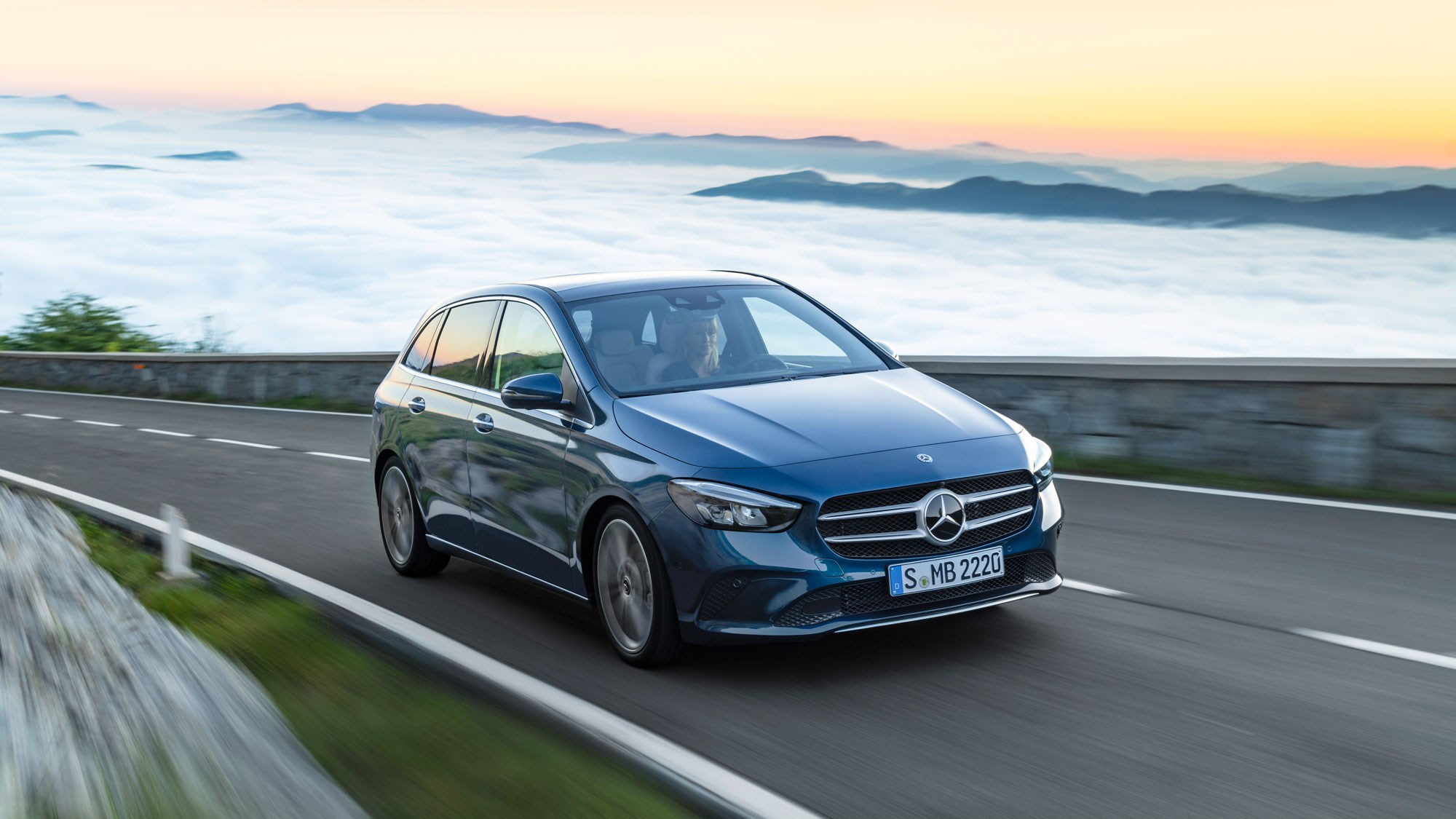 New Mercedes B Cl The Mpv To Take On Suvs