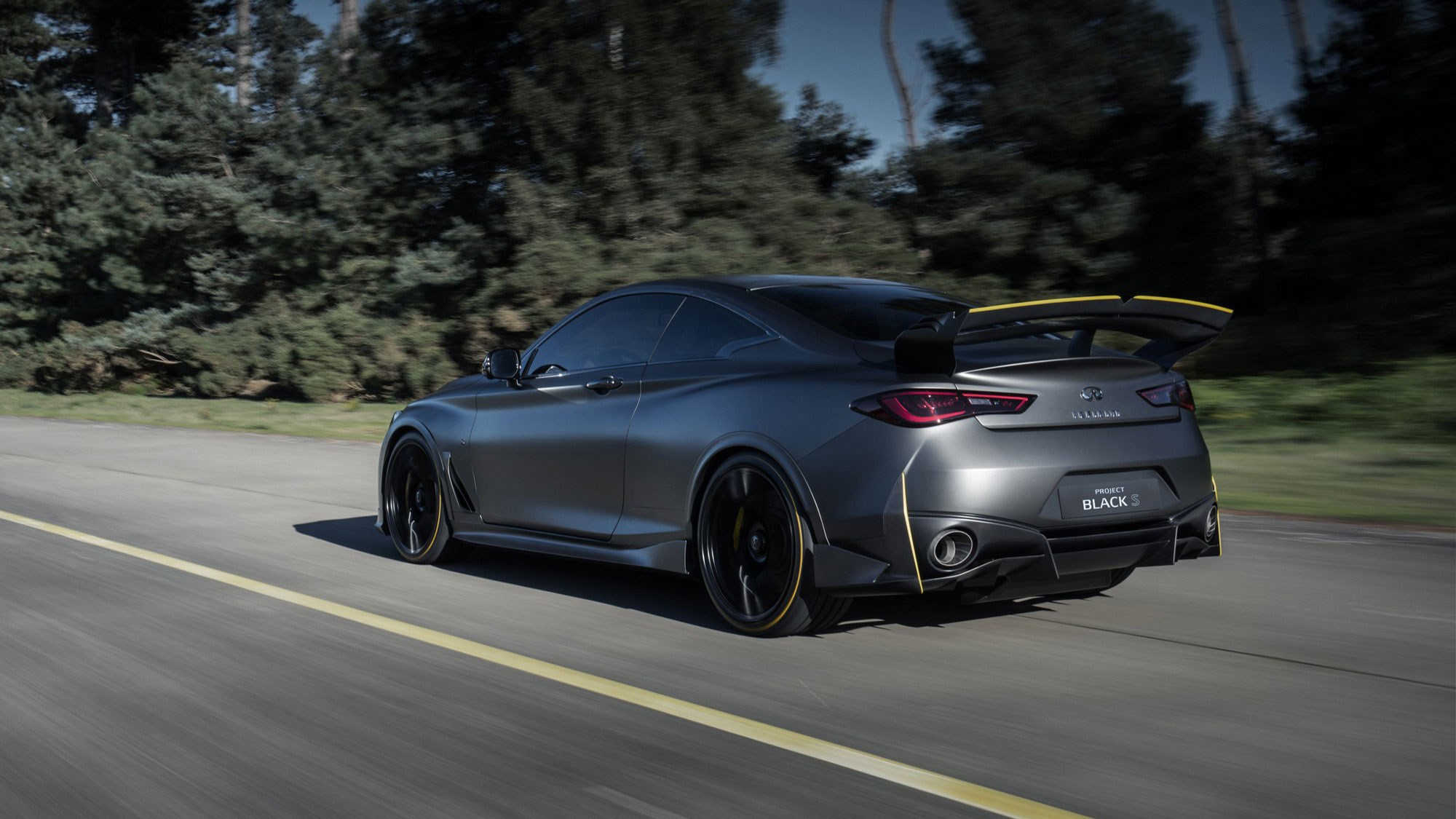 563-horsepower Infiniti Q60 Black S prototype revealed with F1 tech