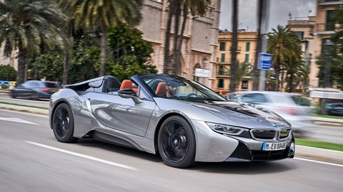 BMW i8 hybrid: now available as Roadster or Coupe