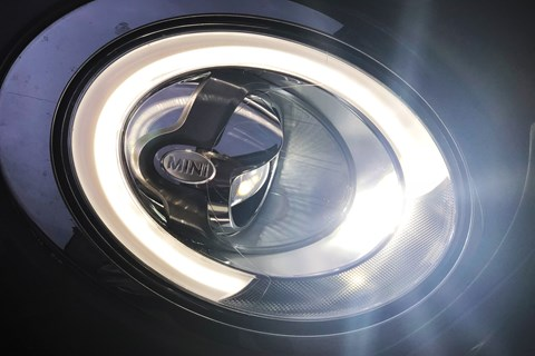 Clubman headlights