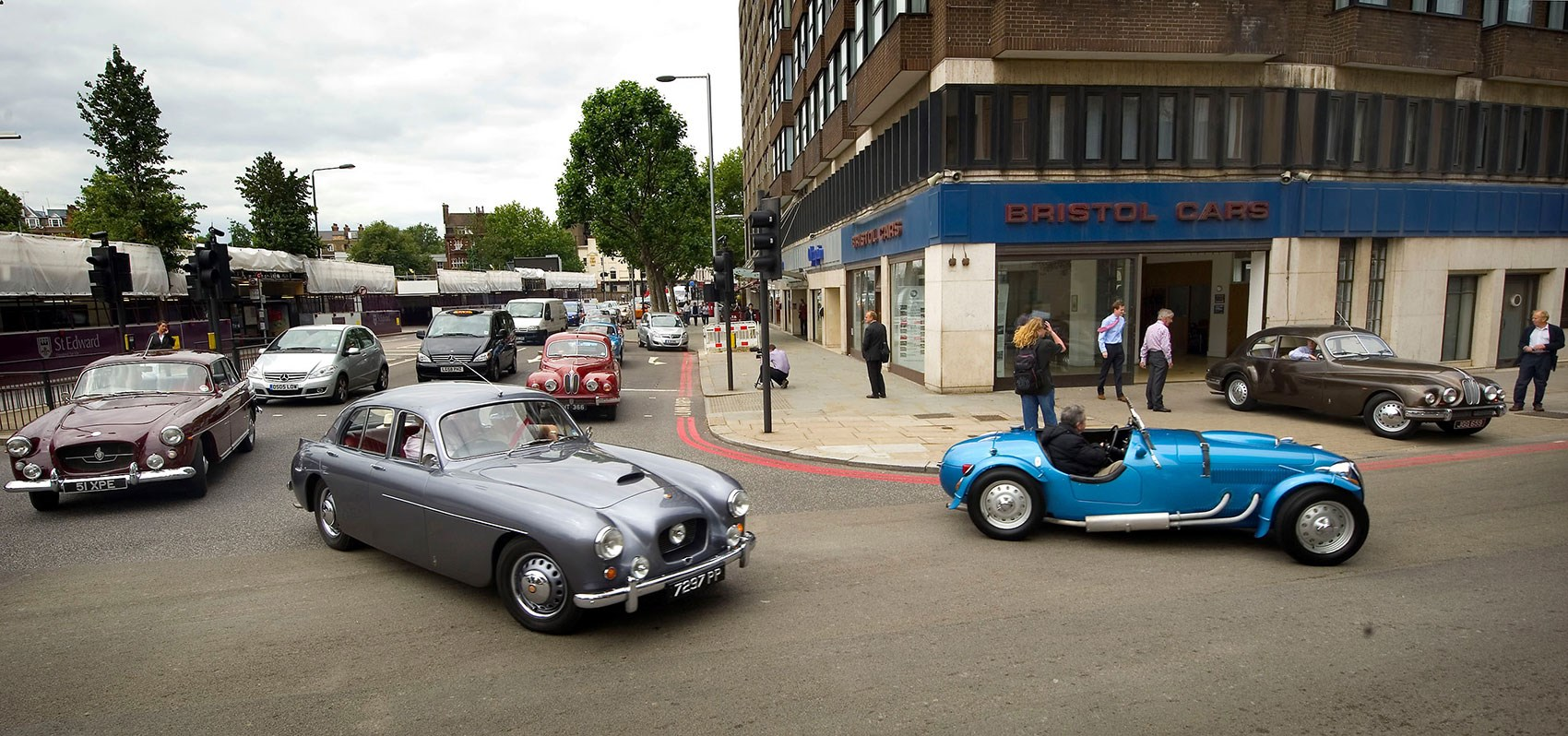 Bristol Cars Is Back With New 2015 Pinnacle Model
