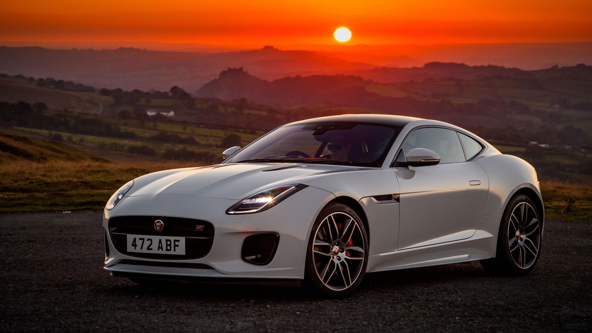 jaguar f-type 'chequered flag' celebrates 70 years since the xk120