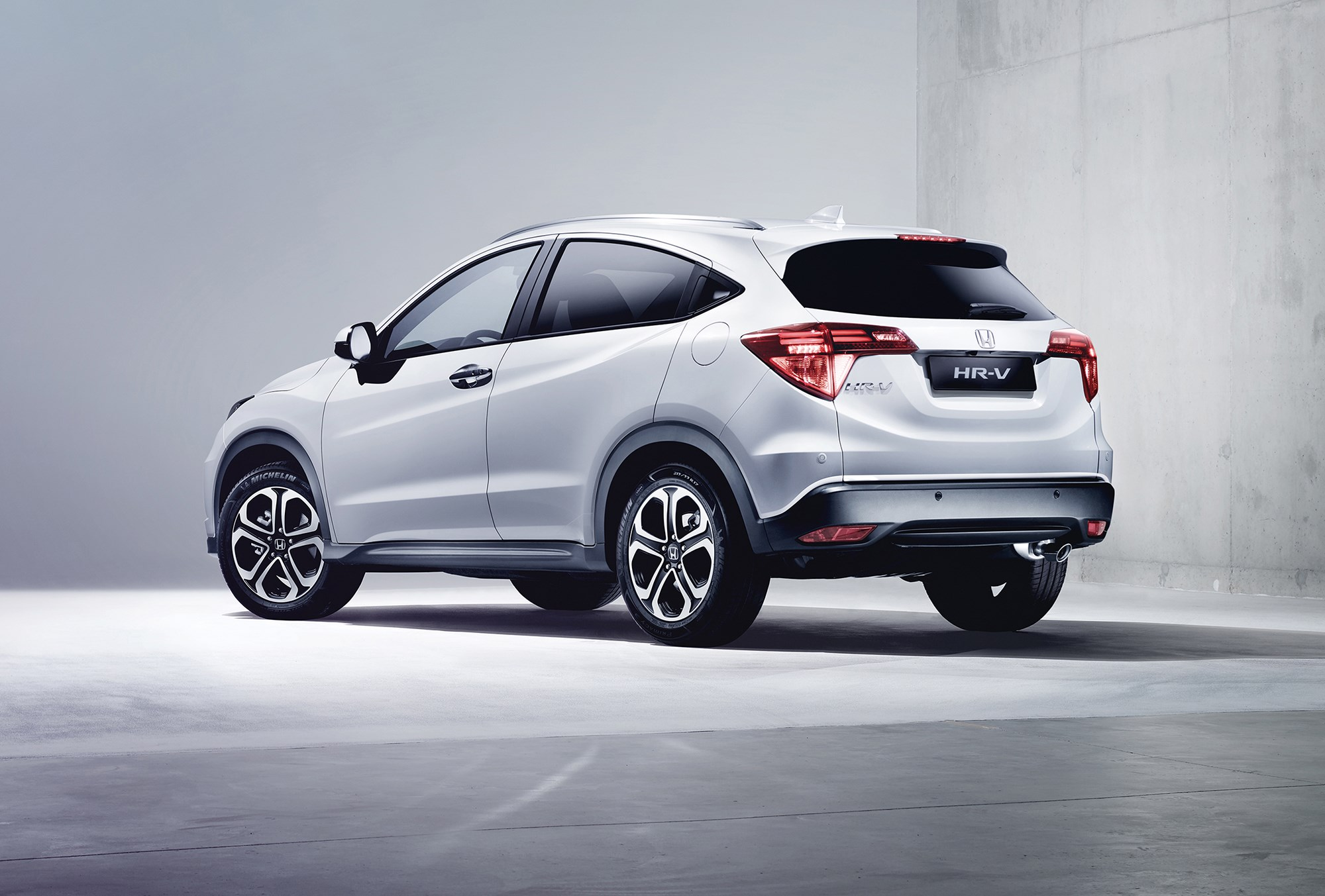 more info on honda hr v new honda hr v priced from £ 18k 118bhp 1 6 ...