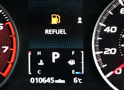 Mitsubishi Eclipse Cross fuel range: you can't go far before needing to refuel