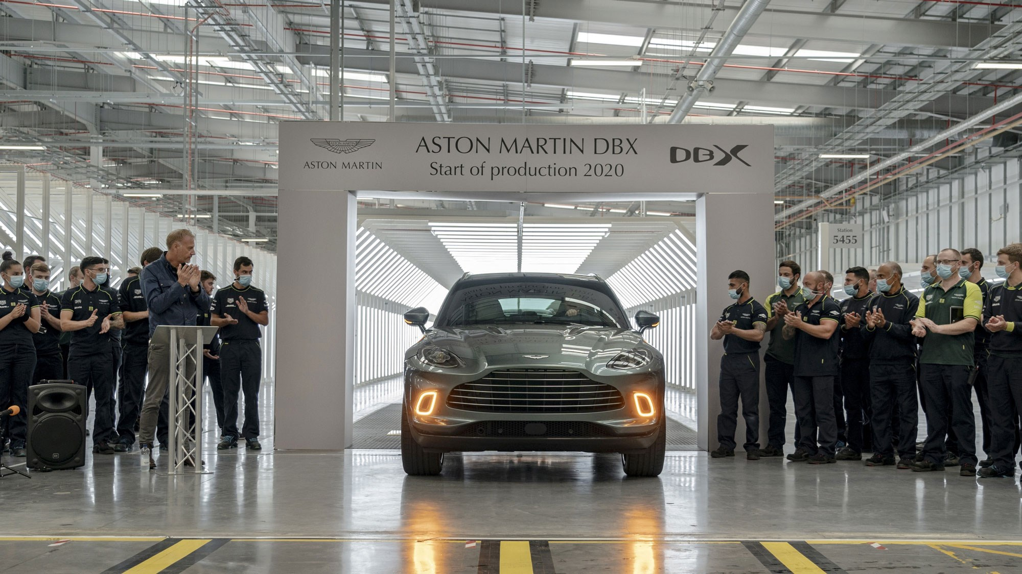 Aston Martin DBX: first SUV rolls off production line