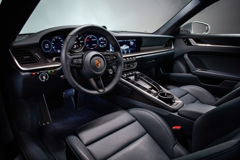 Porsche 911 992 Carrera S interior