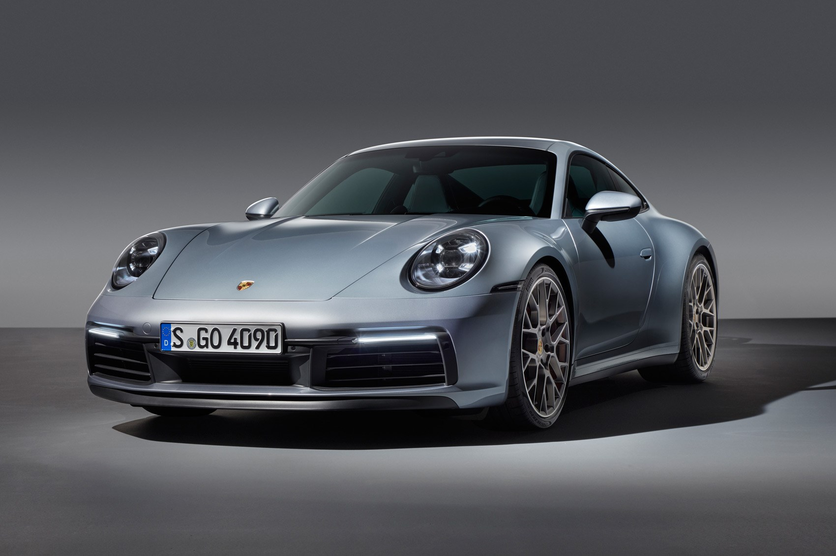 new porsche 911 coupe and cabriolet car magazine. Black Bedroom Furniture Sets. Home Design Ideas