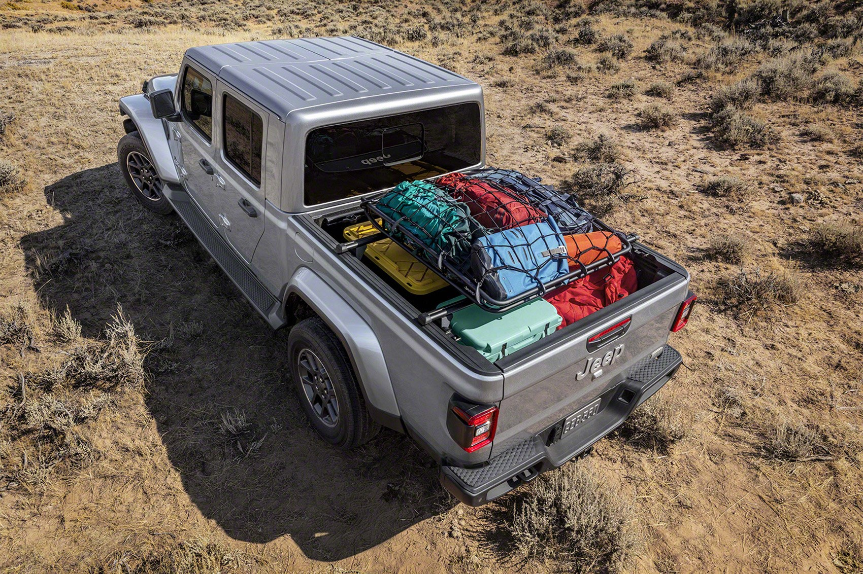 Gladiator, ready! New 2020 Jeep Gladiator pickup arrives ...
