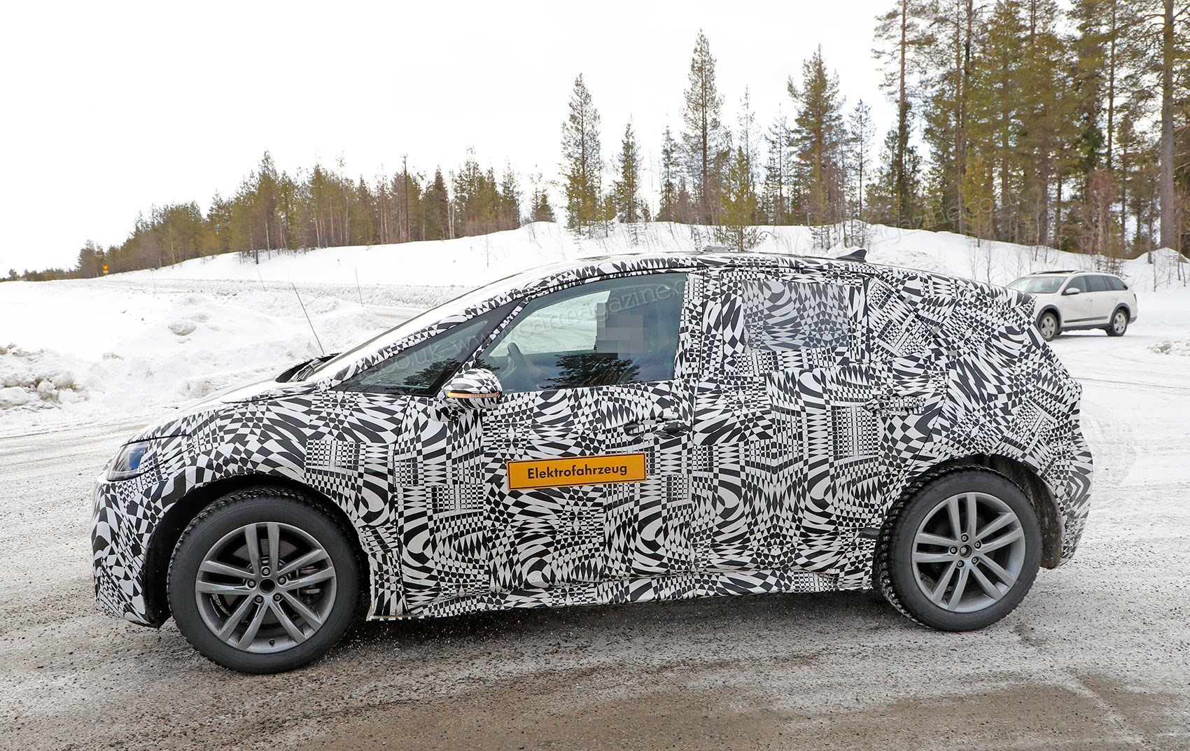 Vw Neo Electric Car Spy Photos From Winter Testing