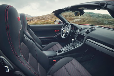 Porsche 718 Boxster T interior