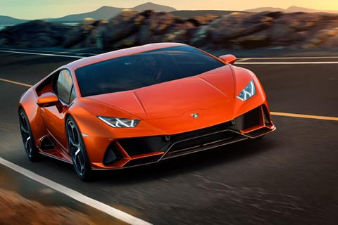 Lamborghini Huracan front tracking 2019