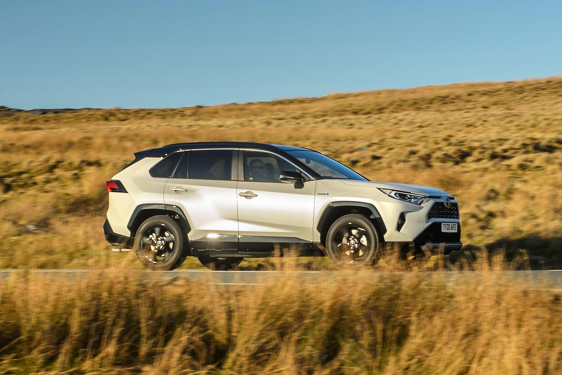 Toyota RAV4 Hybrid 2019 side