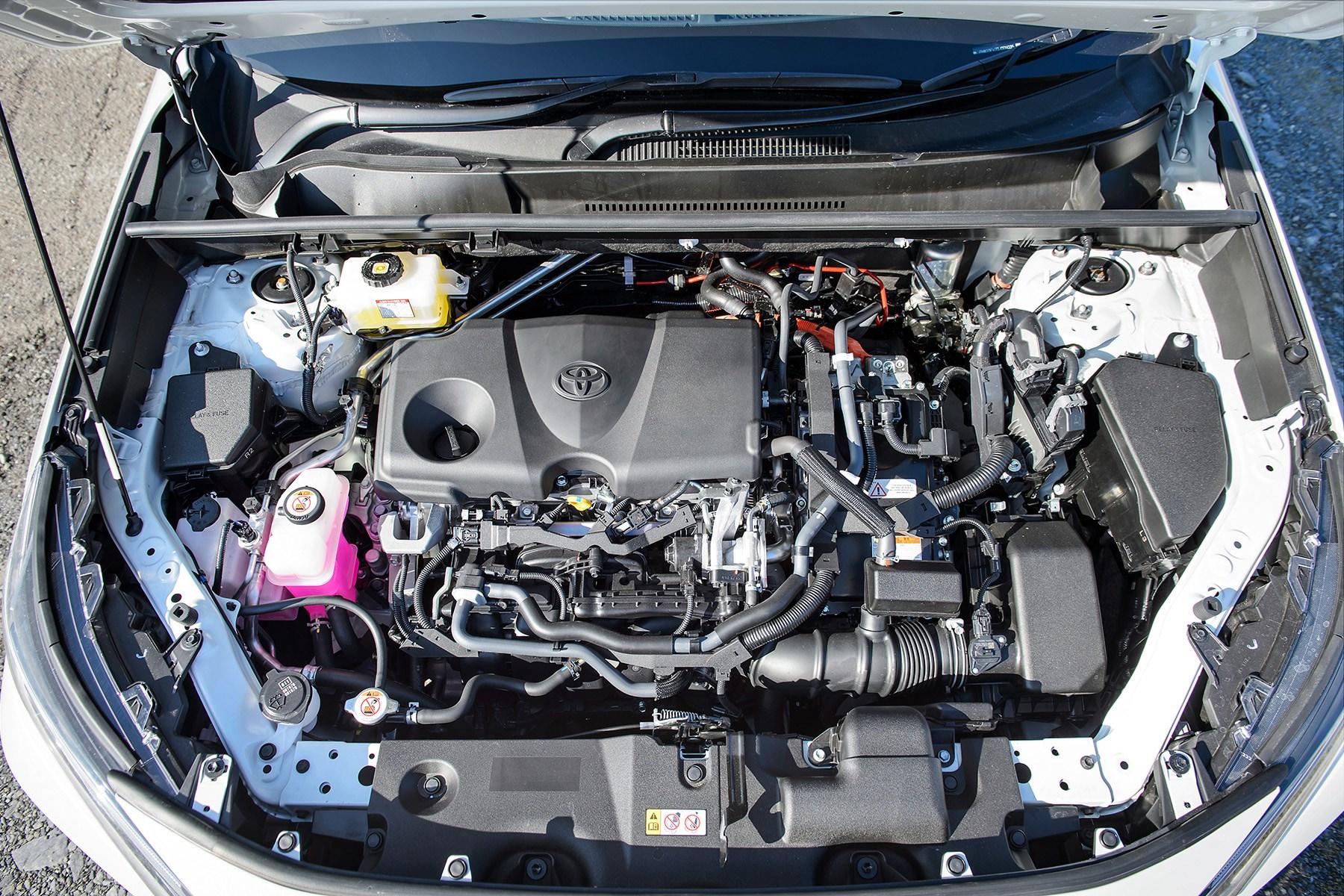 Toyota RAV4 Hybrid 2019 engine