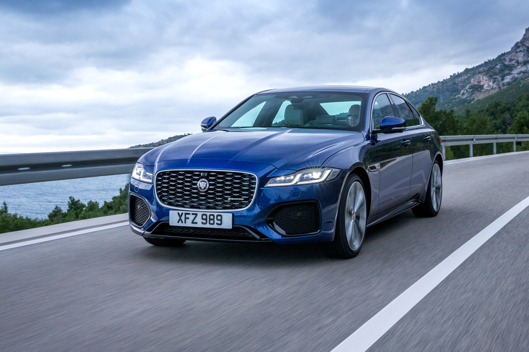 New-look Jaguar XF saloon and Sportbrake arrives with lower entry price | CAR Magazine