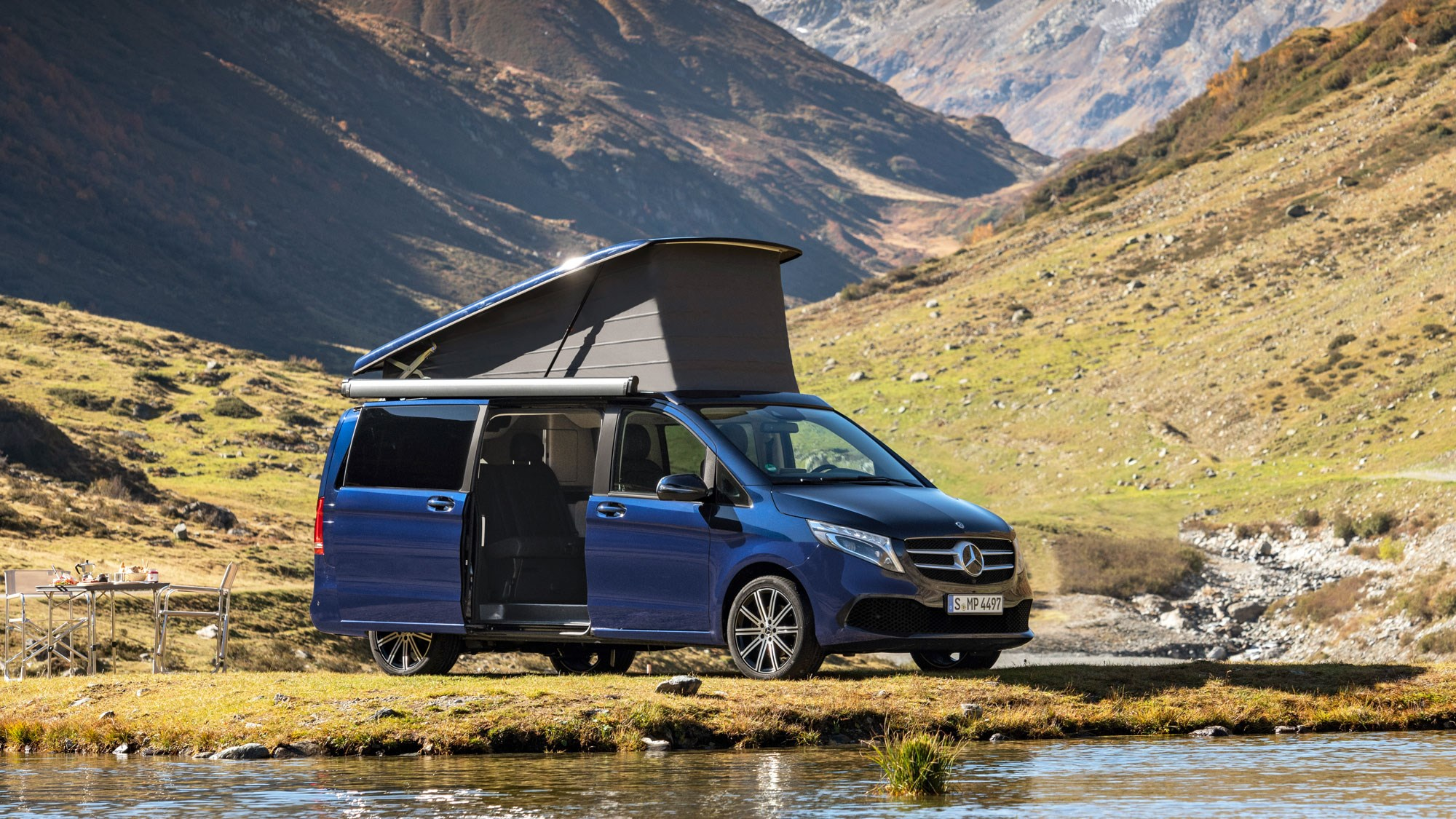Mercedes V Class >> New Mercedes Benz V Class Facelifted People Mover Is Here