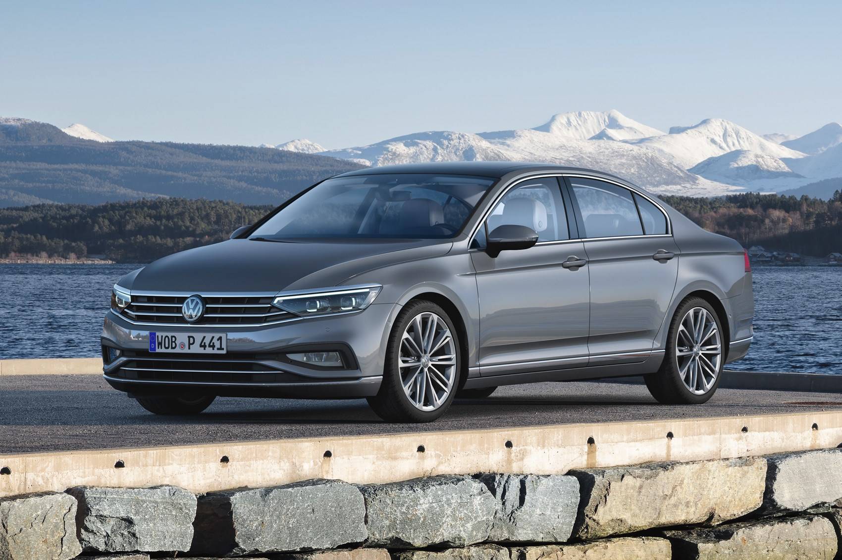 Volkswagen Passat (2019) saloon and estate: the full story ...