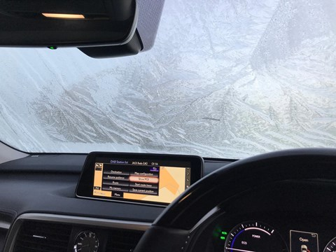 Lexus RX L demisting: no heated windscreens here, but the fans clear icy windscreens quickly enough