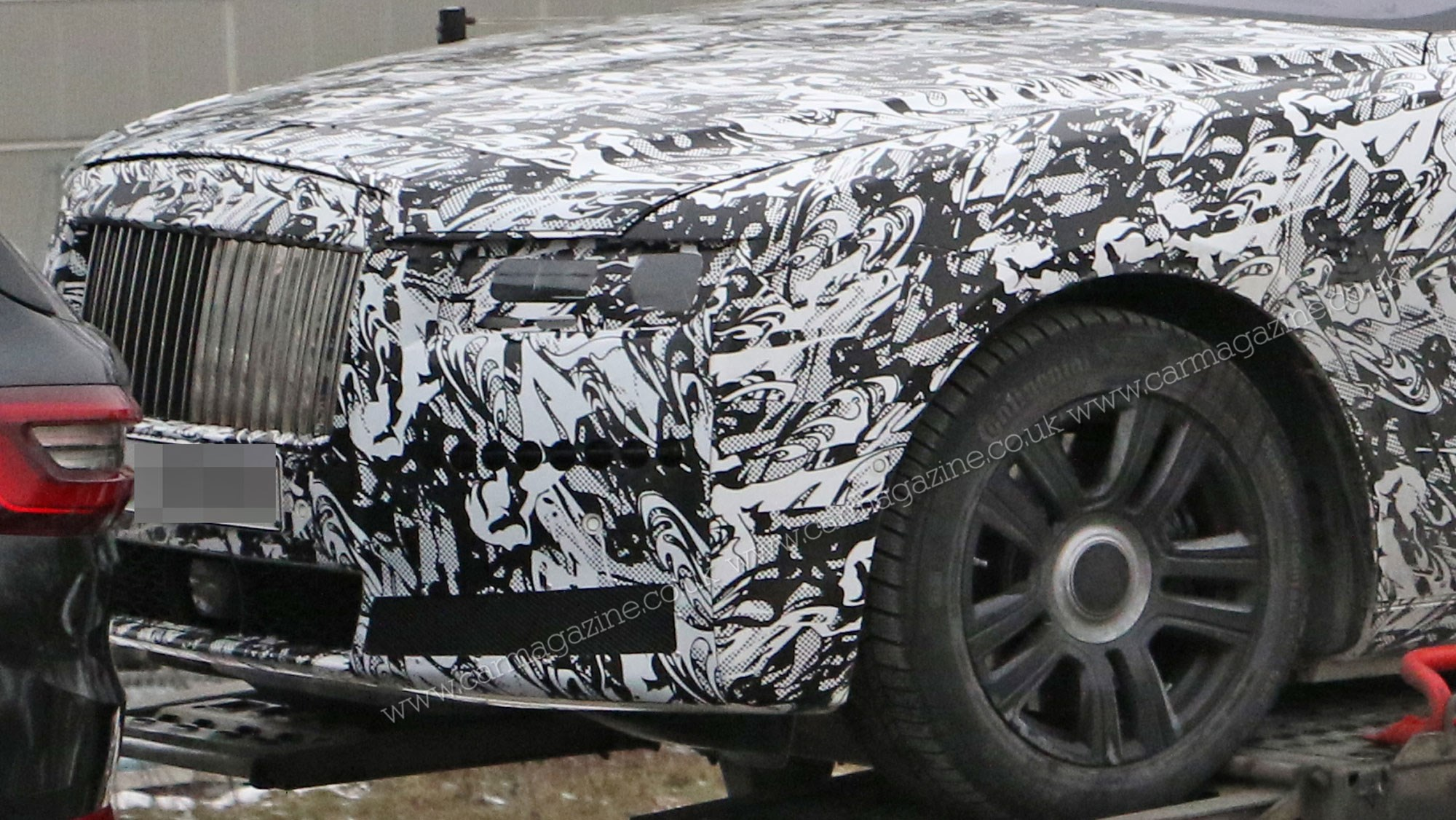 New Rolls Royce Ghost 2021 Car Spotted Trailer Parking