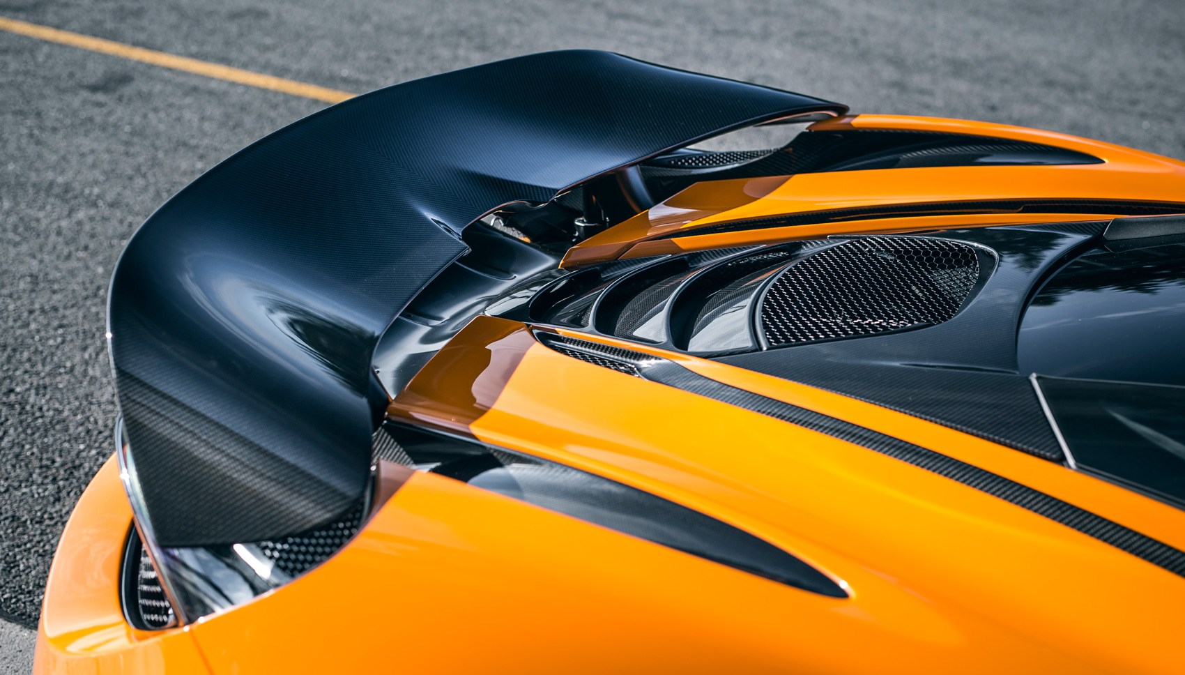 720S track pack wing